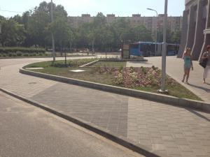 Zsókavár 2-4-6 - Parkosítás és környezetrendezés 10
