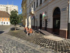 Budapest – III Kerület - Fő tér 2 - Homlokzat felújítás 7