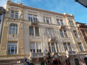Budapest - VIII Kerület -  Somogyi Béla utca 7 - Homlokzat felújítás 6